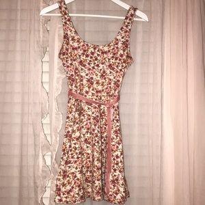Sweetheart floral pink sun dress 🌺